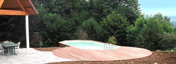 Pin piscines bois et beton on pinterest for Dalle piscine bois