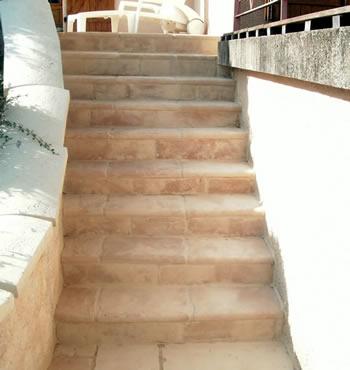 Scpro paysagiste besancon baumes les dames nancray for Escalier pierre reconstituee
