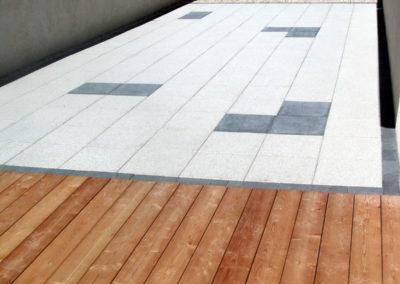Terrasse en dalle noire et blanche et terrasse en bois Besançon, Doubs, Baume les dames